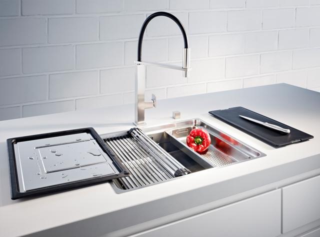 Accessoires Cuisine inox avec Evier et mitigeur de cuisine