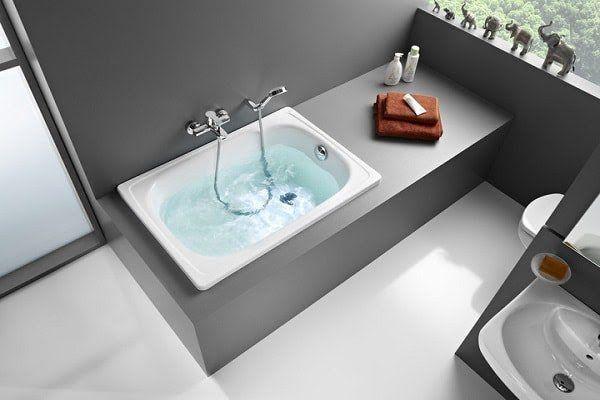 baignoire rectangulaire gain de place