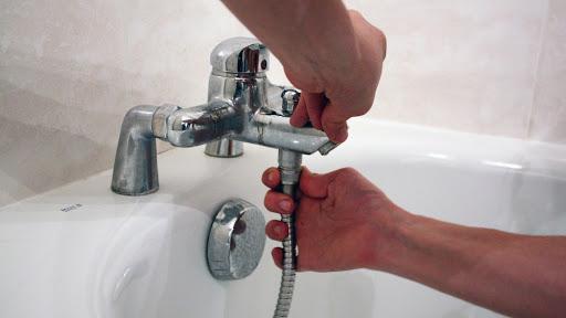 robinet de baignoire avec flexible de douche