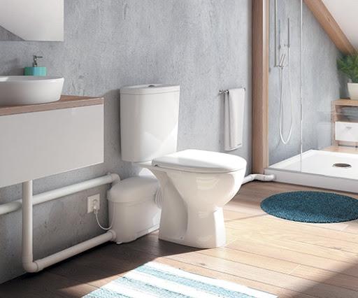 sanibroyeur dans salle de bain