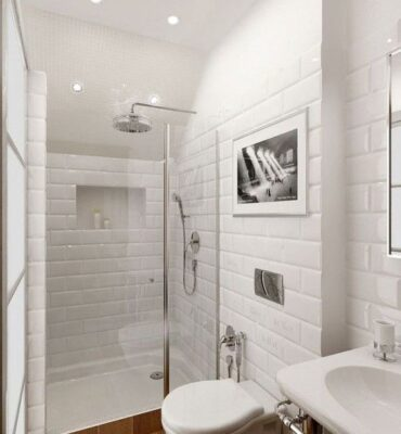 petite salle de bain blanche avec douche