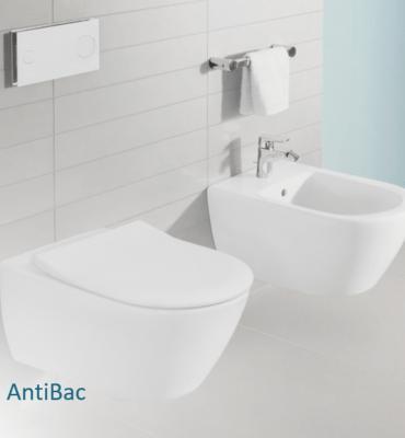 toilettes et bidet blanc